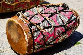 One of sudan's great international stars, abdel aziz el mubarak trained at khartoum's famous institute of music and drama. Kebero Drum A Double Headed Conical Hand Drum Used In The Traditional Music Of Eritrea Sudan And Ethiopia A Piece Of Animal Hide Is Stretched Over Each End Of The Instrument Stock Photo