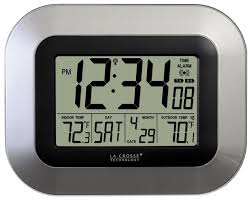 la crosse technology ws 8115u s digital wall clock with indoor and outdoor temperature