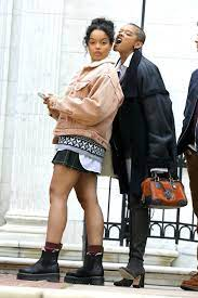 Gossip Girl unveils fresh look at new ...