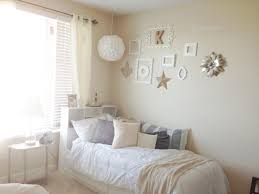 college bedroom decor chic college apartment bedroom apartment decor ideas pinterest