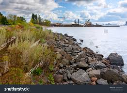 Rock Lakeshore Duluth Harbor Basin Shipping Stock Photo 188604014