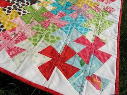 Quilt Story: Twister Quilt from A Quilting Jewel & Twister Quilt from A Quilting Jewel Adamdwight.com