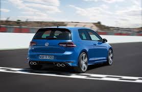 Volkswagen Golf R Specs and Photos | StrongAuto