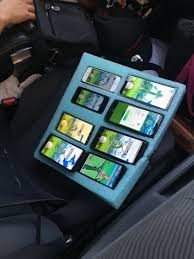 Police find man running Pokemon GO on 8 different phones while driving