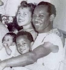 JIMMI HENDRIX.Mother Lucille, Father Al, Leon, and Jimi Hendrix ...