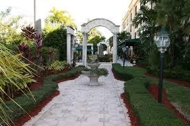 hampton inn palm beach gardens hotel deals reviews palm beach gardens redtag ca