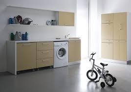 Zona Lavanderia In Bagno : Bagno con lavatrice e lavatoio lavatoi per arredo lavanderia jo