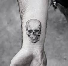 Tatuaggi Piccoli Idee Per Tatuaggi Da Polso E Non Solo