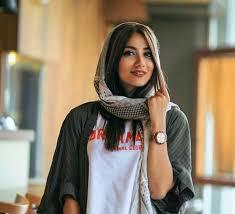 gambar pose model hijab