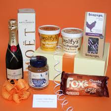 Nice Champagne House Warming Gift Hamper For Couples, Unusual Housewarming Gift  Hampers, New Ideas For