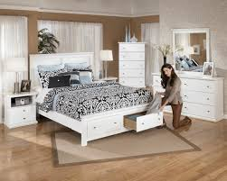 King Size Furniture Bedroom Sets Bed Designs With Storage Platform Beds With Storage Space Ideas