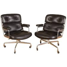 Eames executive chair Lounge Chair Set Of Two Eames timelife Executive Chairs For Herman Miller Eames Office Set Of Two Eames timelife Executive Chairs For Herman Miller At