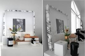 and just to show you how versatile marble contact paper can be here s how it can be used to give an old photo frame a makeover