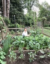vegetable garden tour the woks of life