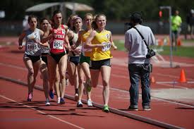 jennifer beckingham ran a 4 18 32 in the 1500 earlier this season at stanford