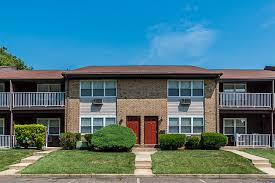 <b>Royal Crest</b> Apartments | Apartments in Hamilton NJ for Rent