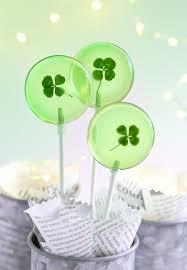 lucky four leaf clover lollipops