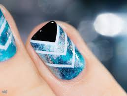 Tuto Vidéo // Nail art Teal & Chevron   Chevron nail art, Aqua ...