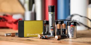 How to Choose Batteries | REI Expert Advice