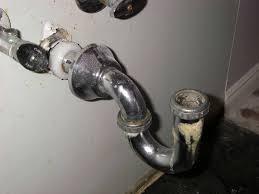 bathtub design leak under kitchen sink new leaking bathtub drain pipe of lyndaleucc x fix tub