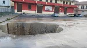 Allarme maltempo, a rischio la partita Crotone-Lazio - Dettaglio News -  Calabria - Crotone