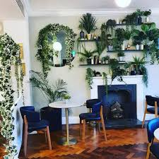 Living room design photos, ideas and inspiration. 20 Modern Wall Decor Ideas With Plants And Greenery Decor Home Ideas