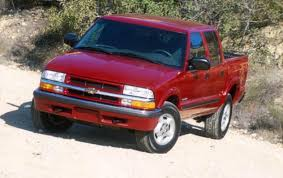 2004 Chevrolet S-10 - Information and photos - ZombieDrive
