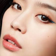 3 hacks to keep your eye makeup from running jessica hagy what do humidity