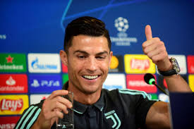 Cristiano Ronaldo Pockets Nearly $1 Million Per Paid Instagram Post