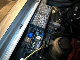 nissan xterra underhood fuse box  image is loading 2003 2004 nissan xterra underhood fuse box 7154