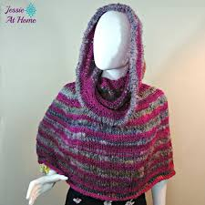 Free Knitted Poncho Patterns Interesting Inspiration Design