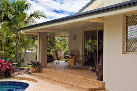 flat roof patio integrated in courtyard