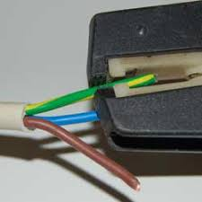 home dzine home diy how to strip cable and wire a plug Correct Wiring Of A Plug use wire strippers to remove the outer plastic coating on the wires insert each wire into the stripper to an approximate depth of 20mm correct wiring of a plug usa