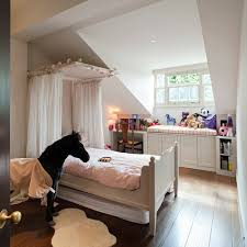 saveemail bedroom ideas with wooden furniture