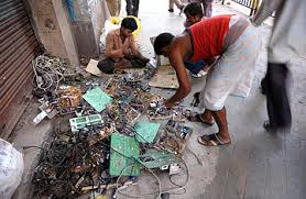 s environment problem disposing electronic waste time