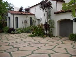 Front Yard Do It Yourself Landscaping Stunning Small Driveway Backyard Driveway Ideas