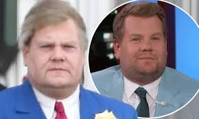 Prince harry drinks tea on a bus with james corden. James Corden Is Aged Up Significantly With The Power Of Make Up While He Films The Prom Daily Mail Online