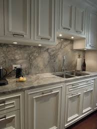 Pictures Of Kitchen Countertops And Backsplashes Best Quartz Countertops Quartz Countertop In White Fantasy Like The