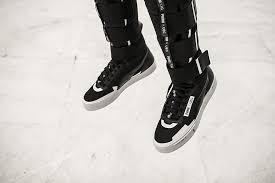 puma ueg boots. ueg plays with this reference and notion of jump \u2013 which is also an echo to the space exploration. puma ueg boots