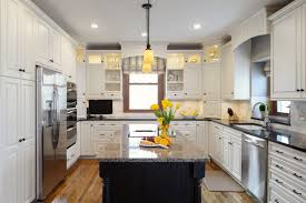 what color to paint kitchenKitchen Decorating  Brown Kitchen Walls White And Wood Kitchen