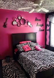 High Quality My Daughters Zebra Bedroom With Hand Painted Zebra Stripes On Ceiling