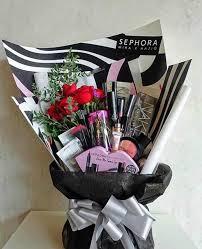 makeup birthday gift ideas. 14 ramos de maquillaje que con los seguro perdonarías a tu novio. makeup bouquetnice ideasmakeup birthday gift ideas r