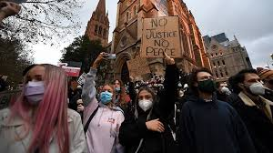 Protesters during the black lives matter rally in melbourne on 6 june. Greg Hunt Says Black Lives Matter Protests Contributed To Melbourne Coronavirus Spike