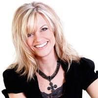 Becca Mullins - Broker - Terrafin Real Estate   ZoomInfo.com