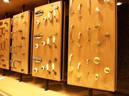 Vintage Style Of Modern Cabinet Hardware Ranging From Classic Knobs And  Pulls As Well Handles.