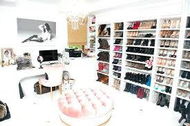 turn a bedroom into a walk in closet turn spare bedroom into walk in closet
