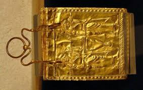 the etruscan gold book