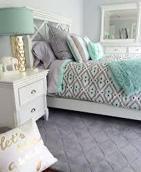 Mint Green Bedroom Decorating Ideas