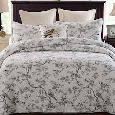 Free shipping 3pcs double size handmade patchwork quilt bedspread ... & Free shipping 3pcs double size handmade patchwork quilt bedspread full  queen size the air conditioning bed cover special offer-in Quilts from Home  & Garden ... Adamdwight.com