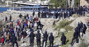 روما - اشتباكات بين متظاهرين والشرطة على خلفية سياج نمساوي